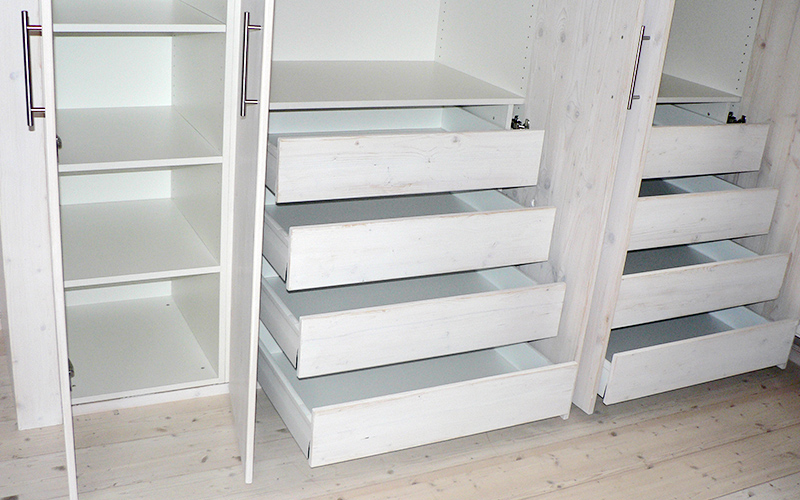 einbauschran fichte weiss schubladen 2 schreinerei frankfurt. Black Bedroom Furniture Sets. Home Design Ideas